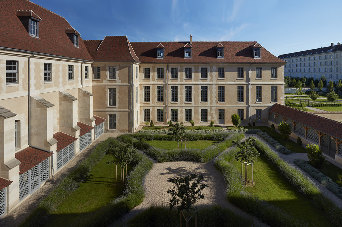 Kering Headquarters in Paris refurbished hospital
