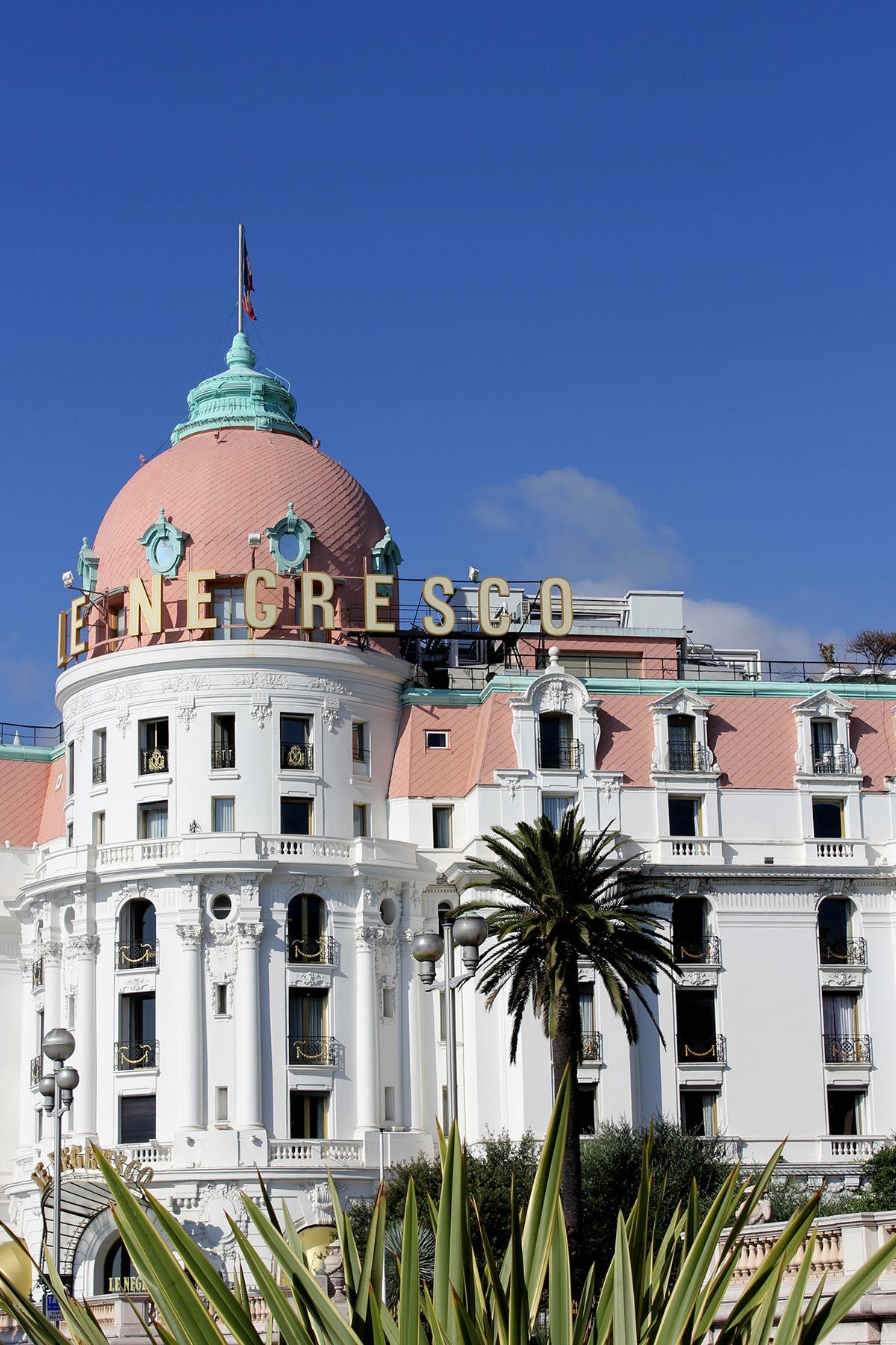 Facade of Le Negresco hotel